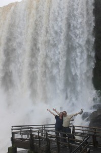 Dirk and Trudy under falls